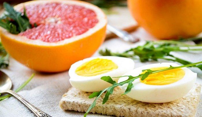 грейпфрут и яйцо