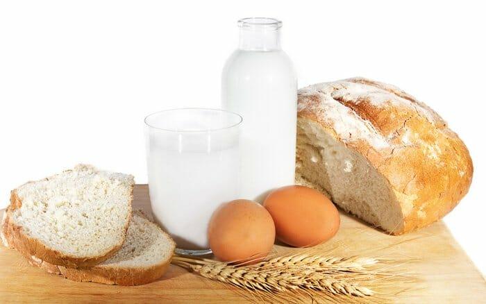 хлеб, молоко, яйца